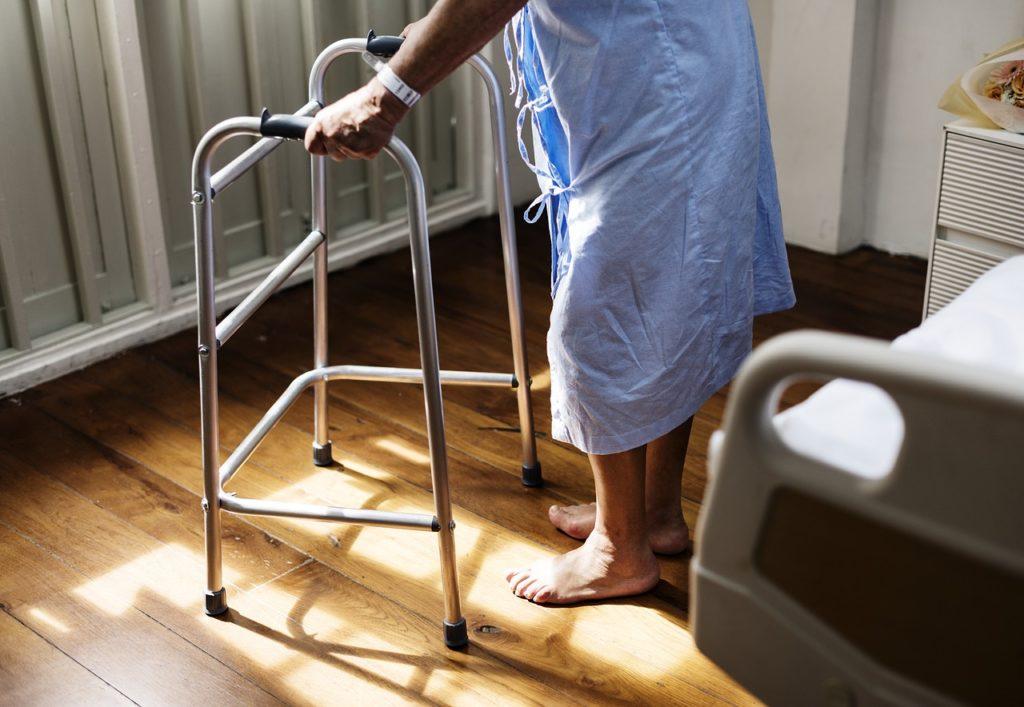 Járókeret idősek számára Felülvizsgálat
