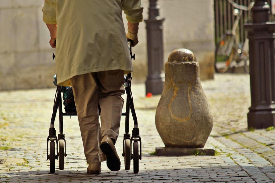 Járókeretek idősek számára